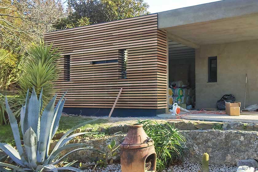 Exemple couleur facade maison cool jdm dco peinture - Bardage clair voie ...