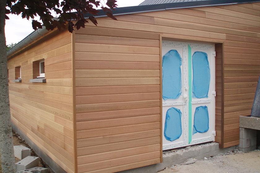 Red cedar bois photo terrasse bois pour lasure terrasse for Prix bardage bois interieur