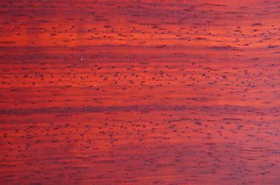 conseils sur les essences de bois de bardage bois nature. Black Bedroom Furniture Sets. Home Design Ideas