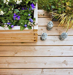 terrasse bois lame et dalle pour plancher nature bois concept. Black Bedroom Furniture Sets. Home Design Ideas