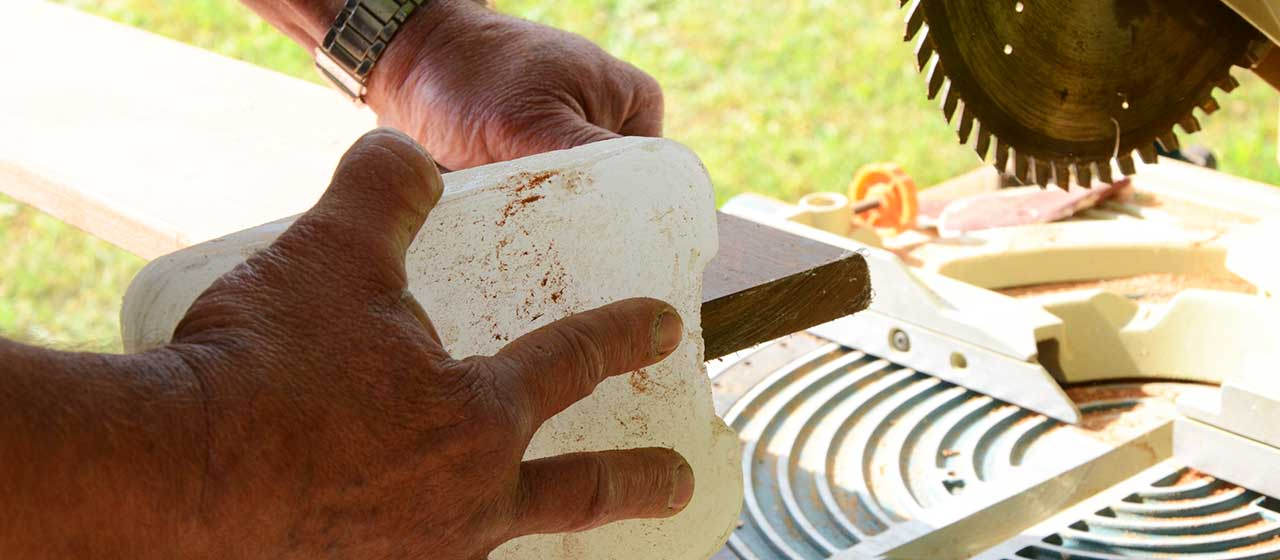 purge des coupes lames de terrasse en bois