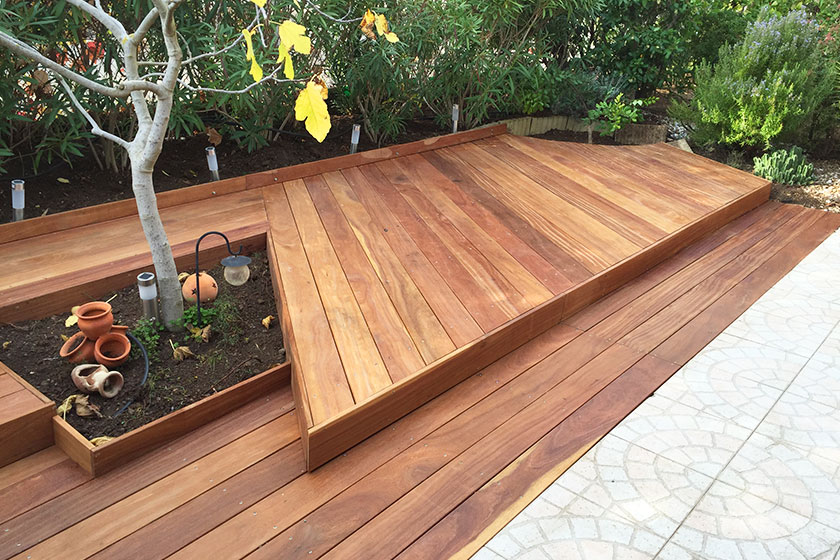 kchencenter wuppertal cumaru aged silver decking approx five years after cleaning with. Black Bedroom Furniture Sets. Home Design Ideas