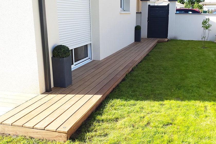 Plancher bois terrasse stunning peinture plancher bois for Prix plancher bois exterieur