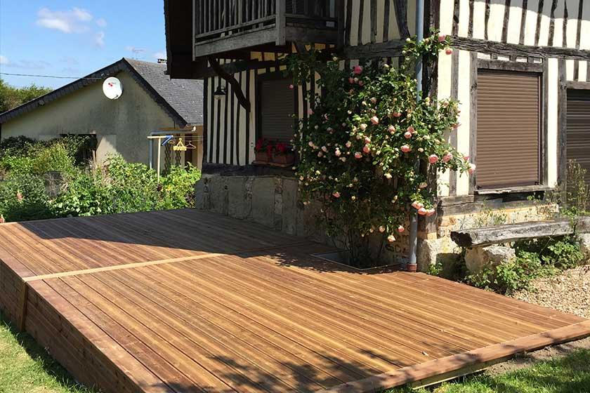 terrasse bois pin sylvestre. Black Bedroom Furniture Sets. Home Design Ideas