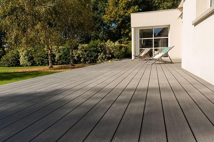 lame en bois composite silvadec elegance terrasse nature bois concept nature bois concept. Black Bedroom Furniture Sets. Home Design Ideas