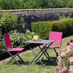 Ensemble salon de jardin 2 personnes - Table pliante Lorita gris - Chaise pliante Théma framboise - Alizé