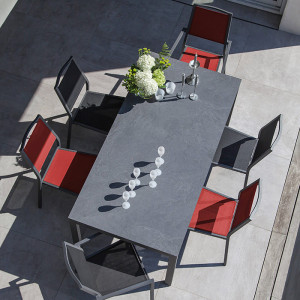 Ensemble salon de jardin 6 personnes - Table Soto gris - Fauteuil Florence rouge - Alizé