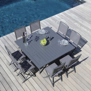 Ensemble de jardin - table Barcelona 100/145 cm grise - 8 chaises Ida grises - 8 personnes - Aménagement coin repas terrasse