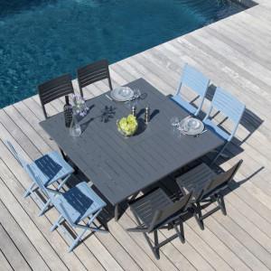 Ensemble de jardin - table Barcelona 100/145 cm grise - 8 chaises Lucca grises - 8 personnes - Aménagement coin repas terrasse