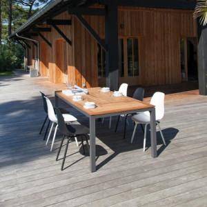Ensemble de jardin - table Tempo 180/240 cm teck - 6 chaises Moss noires - 6 personnes - Aménagement coin repas terrasse
