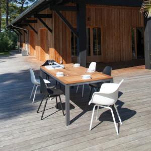 Ensemble de jardin - table Tempo 180/240 cm teck - 6 fauteuils Moss blancs - 6 personnes - Aménagement coin repas terrasse
