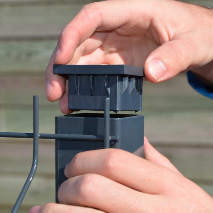 Kit à sceller clôture rigide NBC - Poteau à sceller H2,13m - Acier galvanisé - Bouchon poteau
