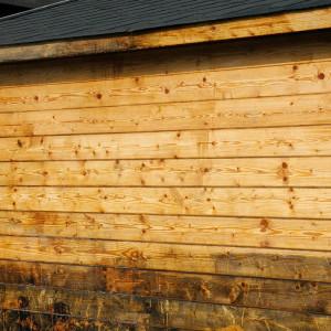 Bardage bois après application du déshuileur gélifié Owatrol Netrol 400