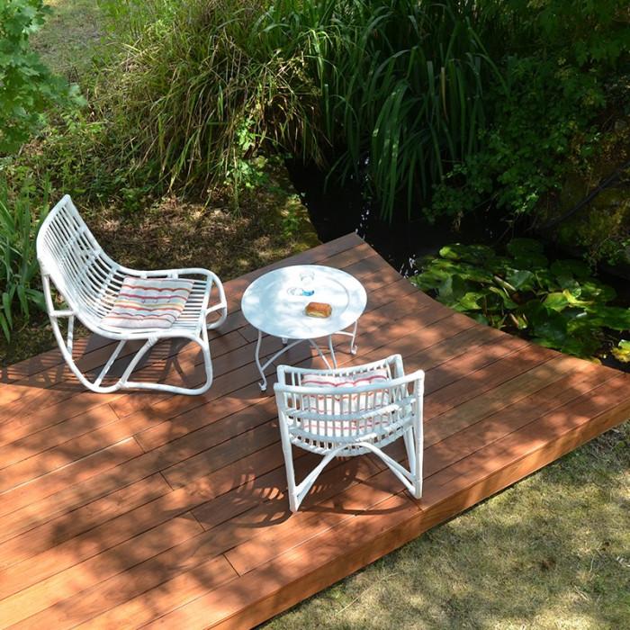 Terrasse saturé pour préserver l'éclat des couleurs naturelles du bois exotique