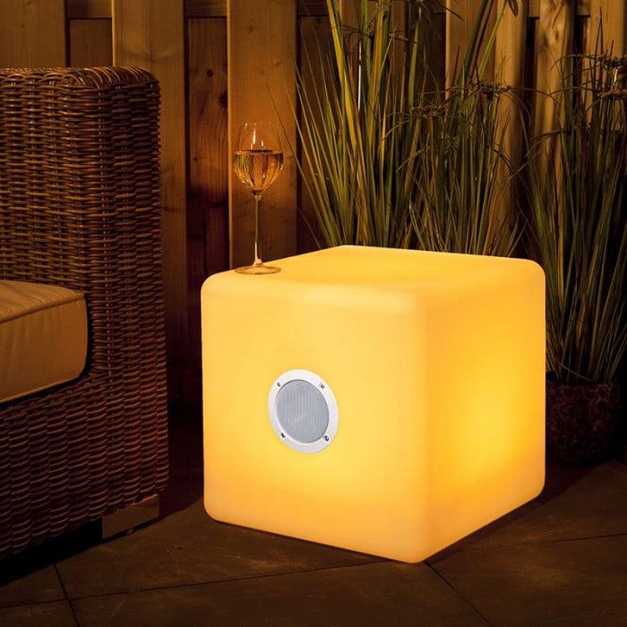 Exemple de lumière extérieur musicale avec enceinte bluetooth 3 watt Garden Lights