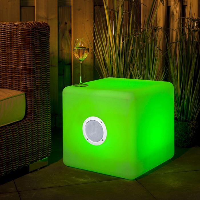 Exemple de lampe extérieur musicale avec enceinte 3 watt Garden Lights