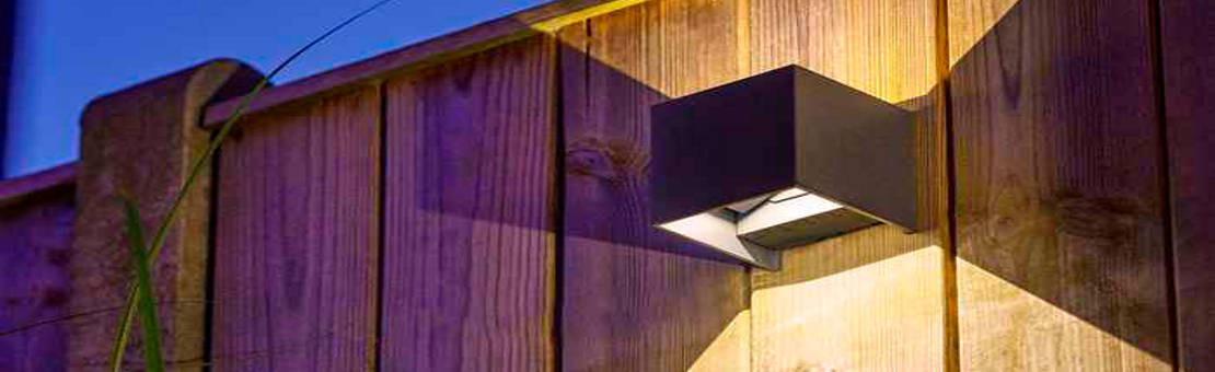 Applique murale : luminaire extérieur idéal pour éclairer votre entrée