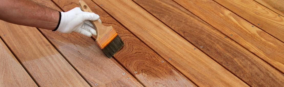 Saturateur terrasse : protégez le bois des agressions extérieures