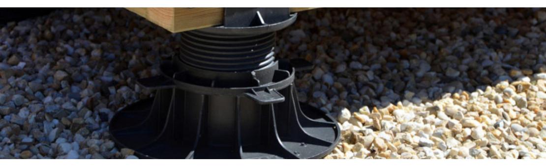 Plots terrasses : Pour stabiliser les lames de terrasses pour la pose