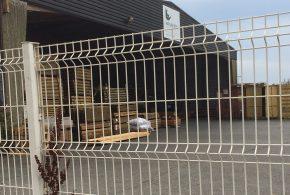 clôture rigide pros