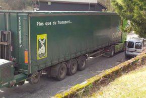 camion et chariot élévateur