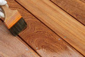 entretient terrasse en bois avec produit