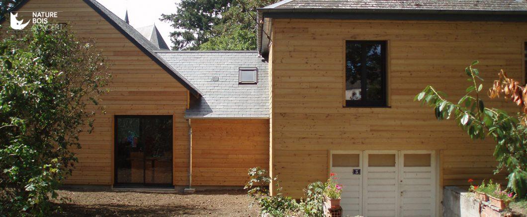 beau bardage de façade en mélèze bois résineux