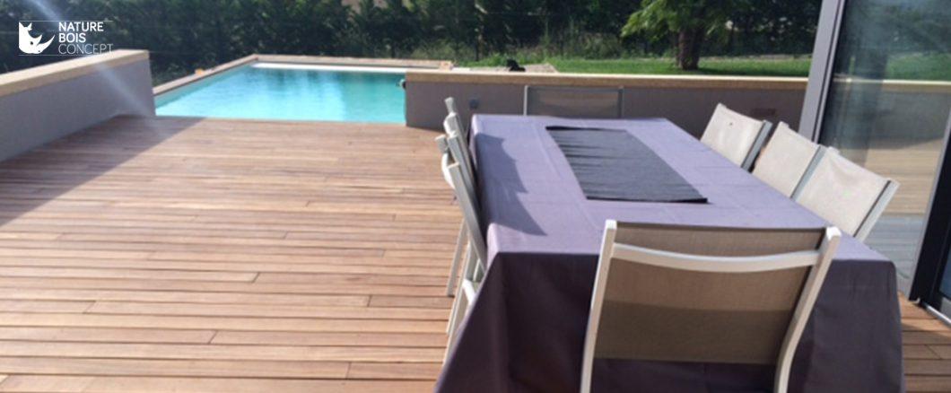 terrasse et bord de piscine salle à manger extérieur