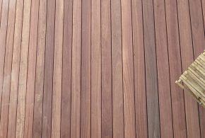 belle terrasse bois exotique en padouk
