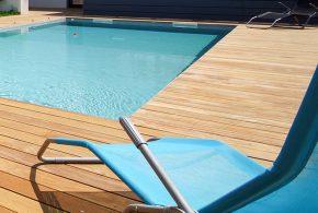 terrasse en bois d'essence cumaru tour de piscine