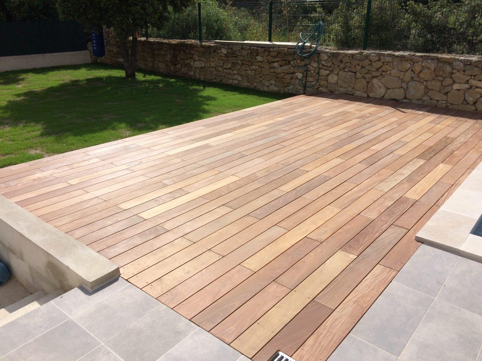 Bois Pour Terrasse Extérieure terrasse bois ou terrasse carrelage : laquelle choisir ?