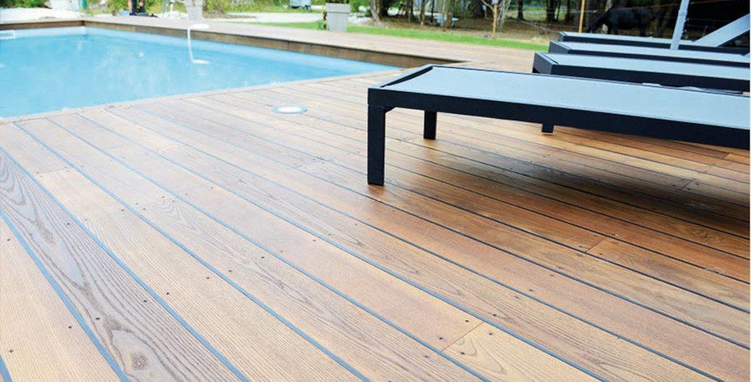Terrasse en bois de Frêne classe 4 par thermo-chauffage