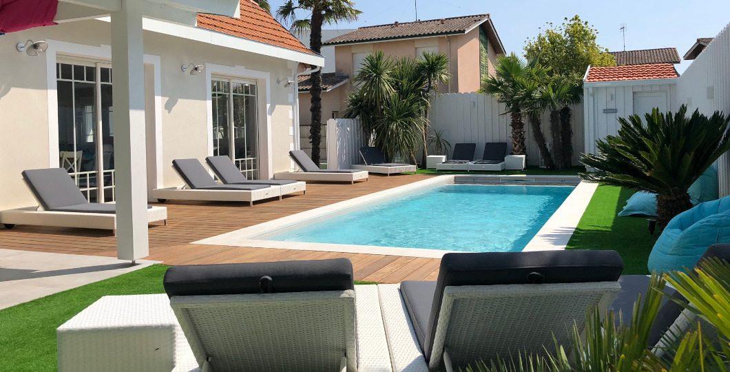 Aménagement d'une terrasse en extérieur avec piscine