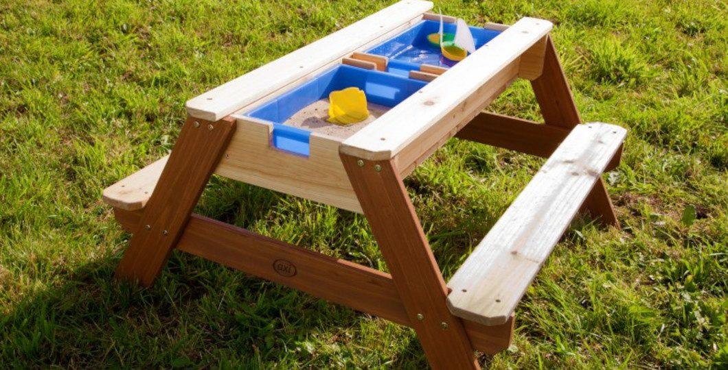 Aménagement d'une table de pique-nique et bac à sable/eau - Axi
