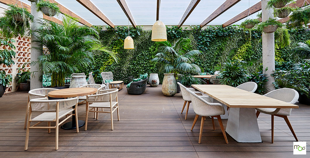Aménagement terrasse couverte en bambou MOSO X-TREME